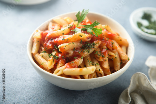 Fotografiet Pasta with tomato sauce and cheese