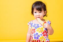 Happy Portrait Asian Baby Or K...