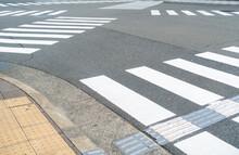 日本にある横断歩道の...