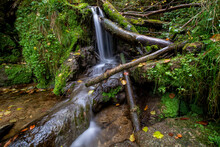 Kleiner Wasserfall In Der Mühlbachschlucht