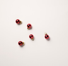 Small Christmas Balls Of Red C...