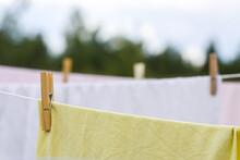 Washed Cotton Bed Sheets Hangi...