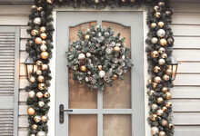 House Christmas Decorations In...