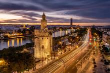 Vista De La Torre Del Oro De S...
