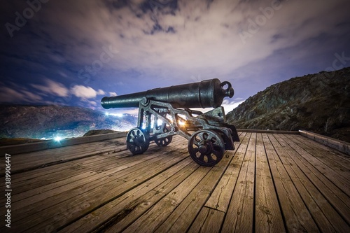 cannon in the queens battery on signal hill Fototapet