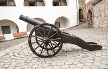 Old Cannon. Antique Iron Canno...