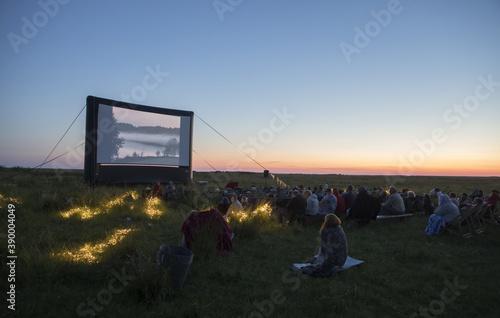 Fotografia HAADEMEESTE, PARNU COUN, ESTONIA - Jul 17, 2020: Open air cinema event on the su