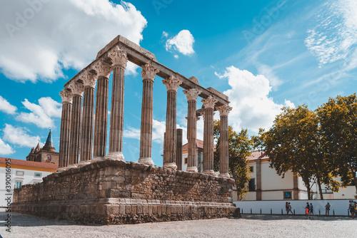 Fotografie, Obraz Beautiful shot of the Roman Temple of Evora