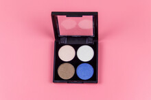 Set Of Four Round Eye Shadow I...