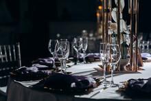 Solemn Wedding Table Setting W...