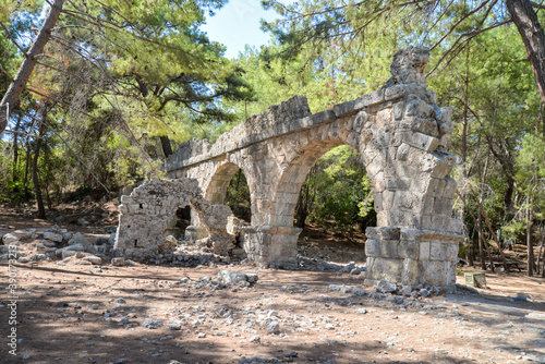 Obraz na plátně The ruins of the ancient aqueduct at Phaselis in Tekirova Kemer