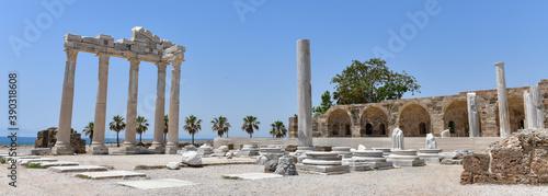 Apollon Temple Canvas