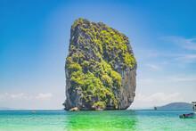 Beautiful Idyllic Seascape And...