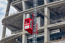 Construction Hoists For Workers And Material