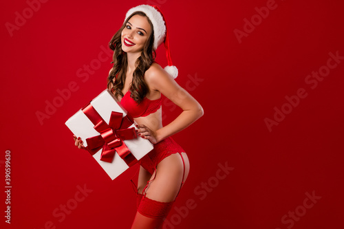 Foto Photo of happy gentle lady hands hold present wear x-mas night clothing isolated