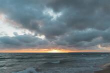 Breathtaking Sunset Captured O...