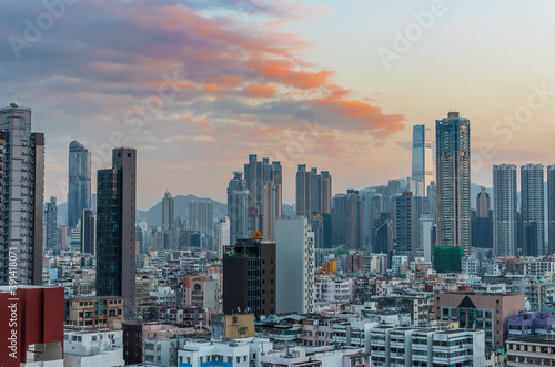 Photo Skyline of downtown district of Hong Kong city at dusk