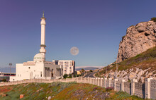 The White Mosque On The Britis...