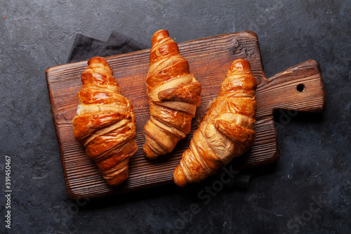 Canvastavla Fresh croissants for breakfast