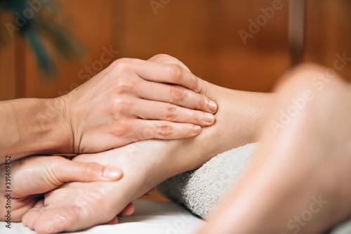 Fototapety, obrazy: Ayurvedic Foot Massage