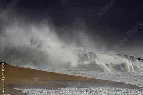 Sea invading the coast Fototapeta