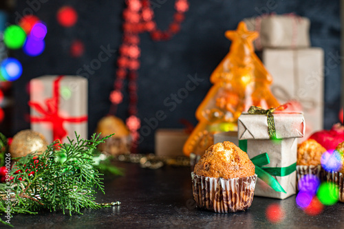 Obraz muffin sweet dessert christmas cupcakes and cup of tea festive table setting holidays new year gift tasty top view copy space food background rustic - fototapety do salonu