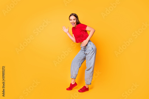 Leinwand Poster Full length photo of crazy lady having fun dance electronic moves wear red crop