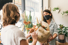 Masked Florist Passing Off A F...