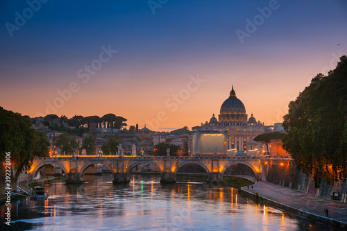 Stampa su Tela Tiber embankment with Ponte Sant Angelo bridge and St Peter Basilica in Vatican