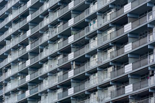 Blok budynek balkony tekstura - fototapety na wymiar