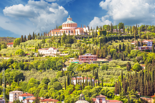 Slika na platnu Verona hillside landscape and Madonna di Lourdes sanctuary view