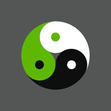 Triple Yin Yang Symbol