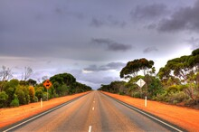 Across Australian Outback In T...