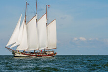 Big Dutch Traditional Sailing ...