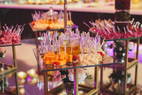 Beautifully decorated catering banquet table with variety of vegetables and diff Fototapet