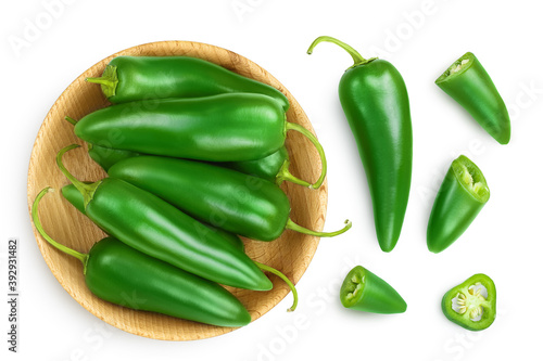 Canvastavla jalapeno pepper in wooden bowl isolated on white background