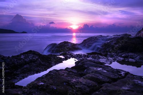 The Spectacular Sunset in Gorgeous Coastline, Patong Beach, Phuket Fototapet