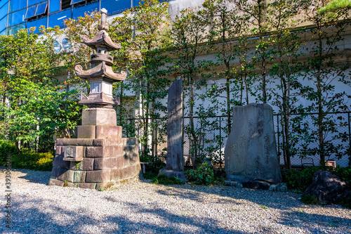 Fotografie, Tablou 東京都 足立区 西新井大師 光明殿前の石塔