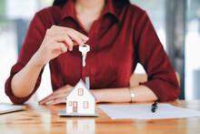 Real Estate Broker Residential...