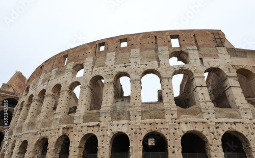 majestic ancient Colosseum amphitheater in the Italian city of R Billede på lærred