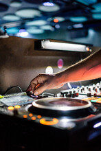 Double Track DJ Controller Wit...