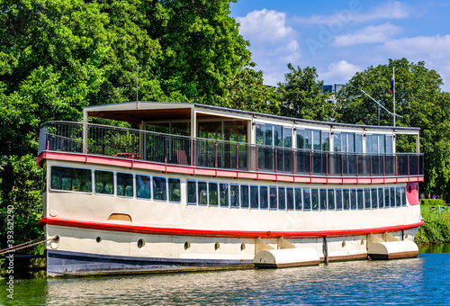 Photo old paddle steamer