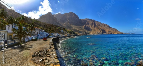 Valokuva Clear waters found on the bay of Fajan D'Agua on the island of Brava, Cabo Verde