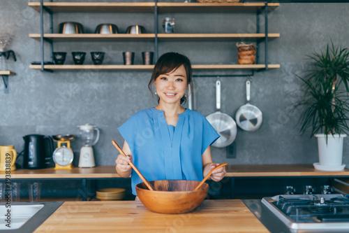 Fotografering 料理をする女性