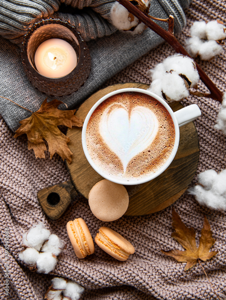 Fototapeta Beautiful and romantic autumn composition with  cup of coffee