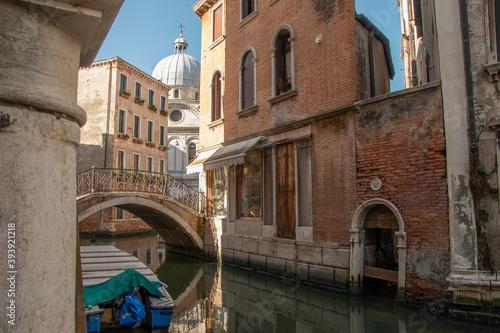 Fototapeta City of Venice, Church of Santa Maria dei Miracoli, Italy