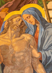 Panel Szklany Podświetlane Dla Kościoła VIENNA, AUSTIRA - OCTOBER 22, 2020: The detail of fresco of Deposition of the Cross (Pieta) as part of Cross way station in the church of St. John the Nepomuk by Josef Furlich (1844 - 1846).