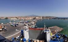 Catania - Panoramica Del Porto Dal Traghetto