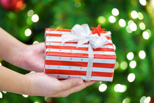 Giving Gifts To Loved Ones At ...