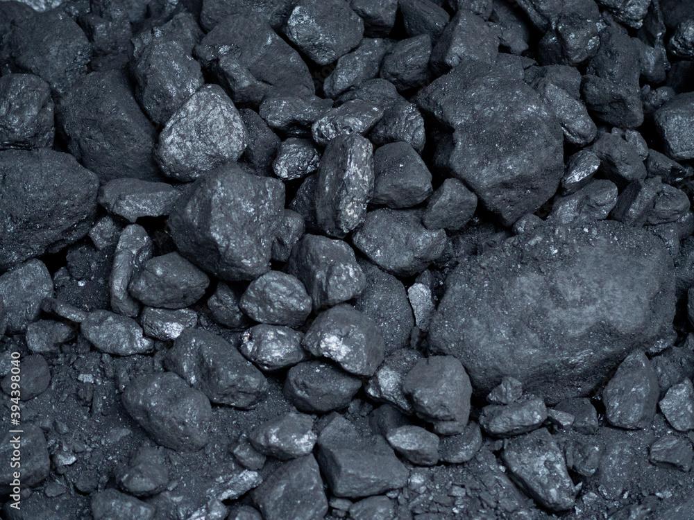 Fototapeta Bryły węgla na opał - zanieczyszczenie środowiska i smog